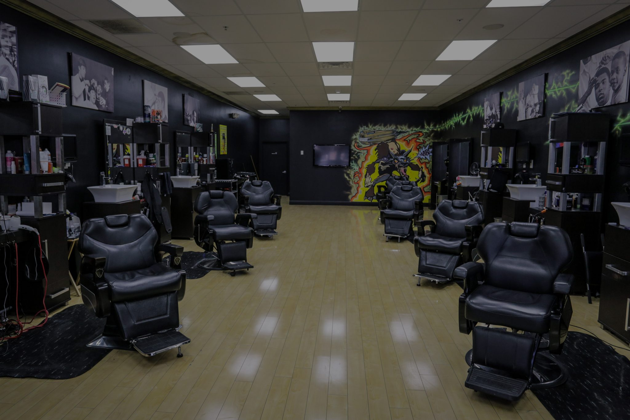 Twincutz Barbershop Six Mile